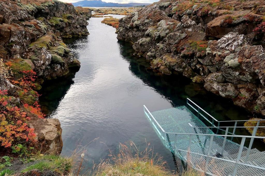 Iceland 8 Day Honeymoon Roadtrip [DAY 8] We swim through Silfra and go to the Blue Lagoon
